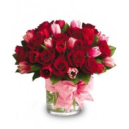 Pretty in red bouquet EB-599